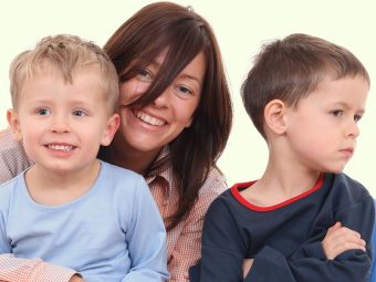 9 Effective Ways To Deal With Jealousy In Children