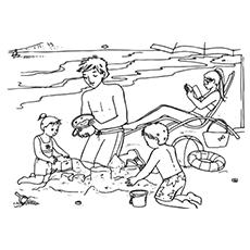 The-Family-at-a-Beach-Trip