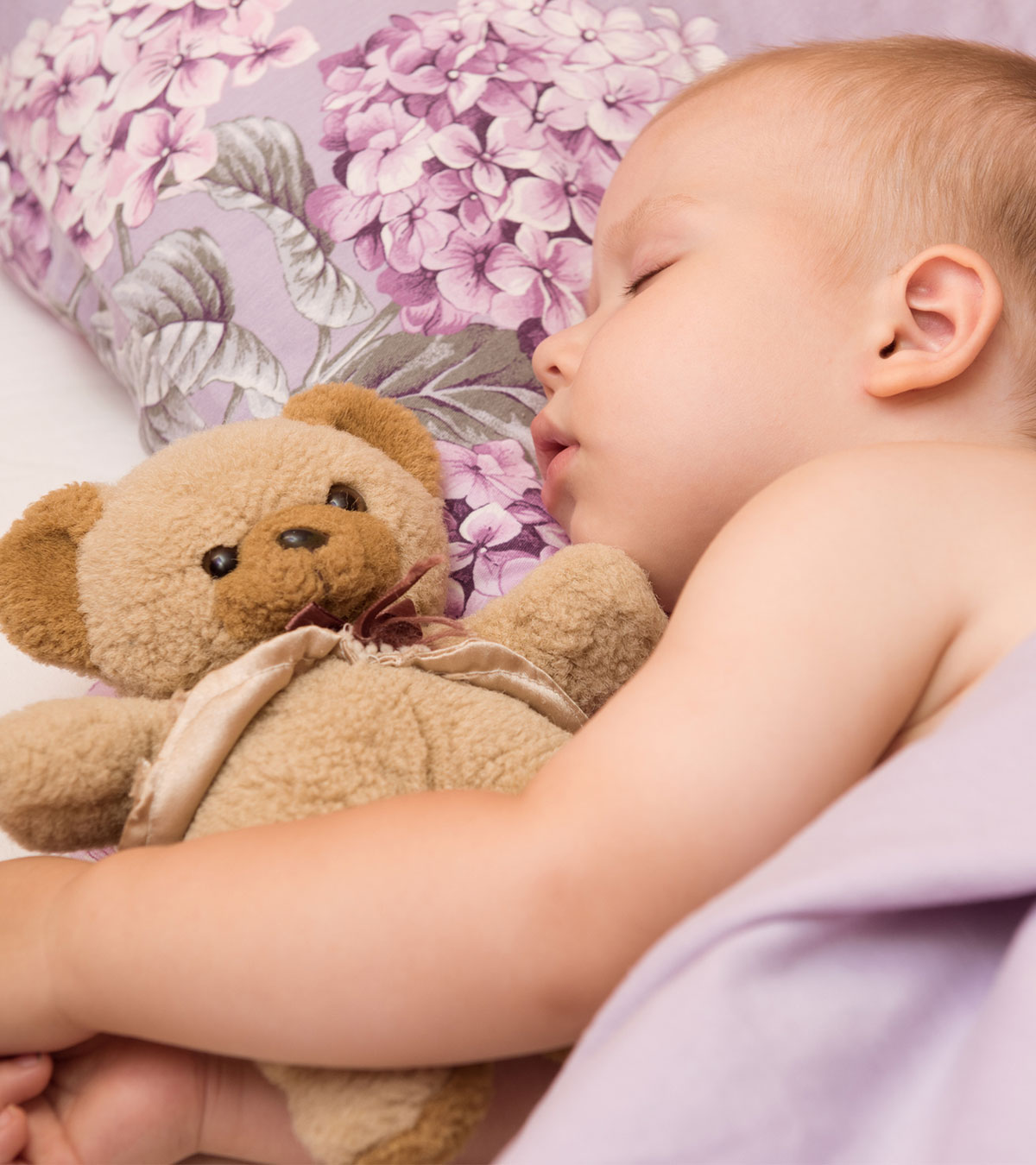 Babies Sleeping On The Side: What Happens If They Do & How