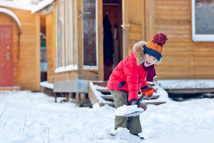 Snowy treasure hunt