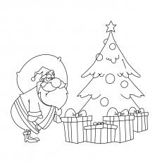 Christmas-Tree-and-Gifts-17