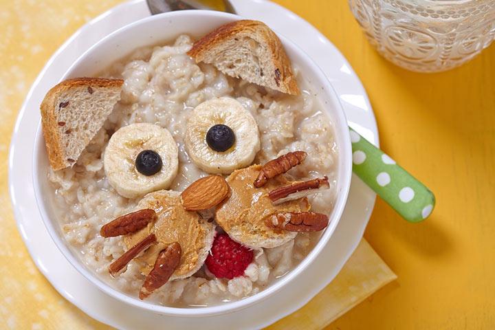 Oats and almonds porridge
