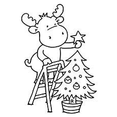Reindeer-Decorating-Christmas-Tree