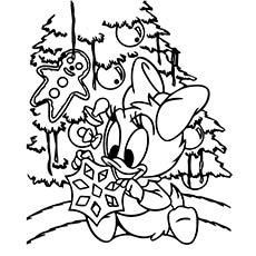 Webby-Decorating-The-Tree
