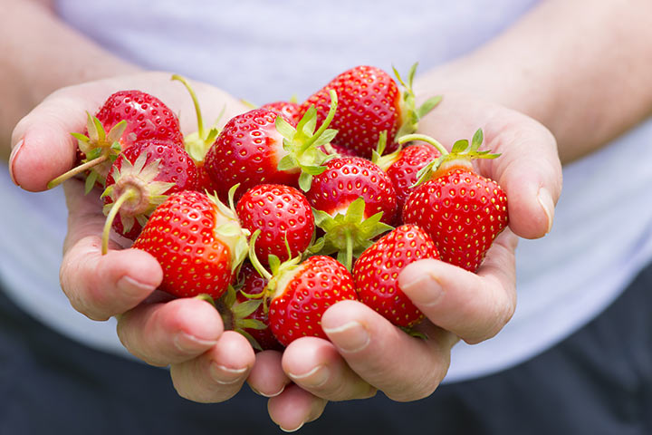 Is It Safe To Eat Strawberry During Pregnancy