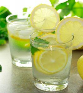 9 Amazing Health Benefits Of Lemon Water During Breastfeeding