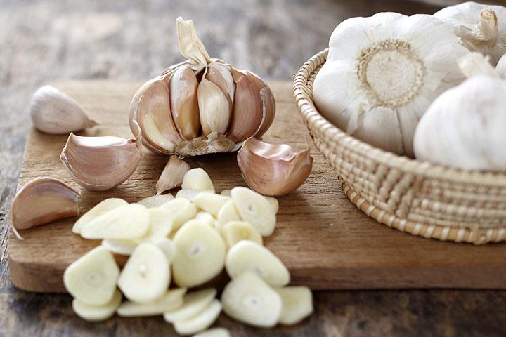 6 Amazing Health Benefits Of Garlic For Babies