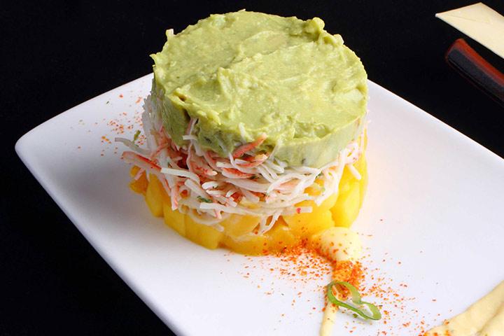 Crab During Pregnancy - Crab Salad With Mango Salsa