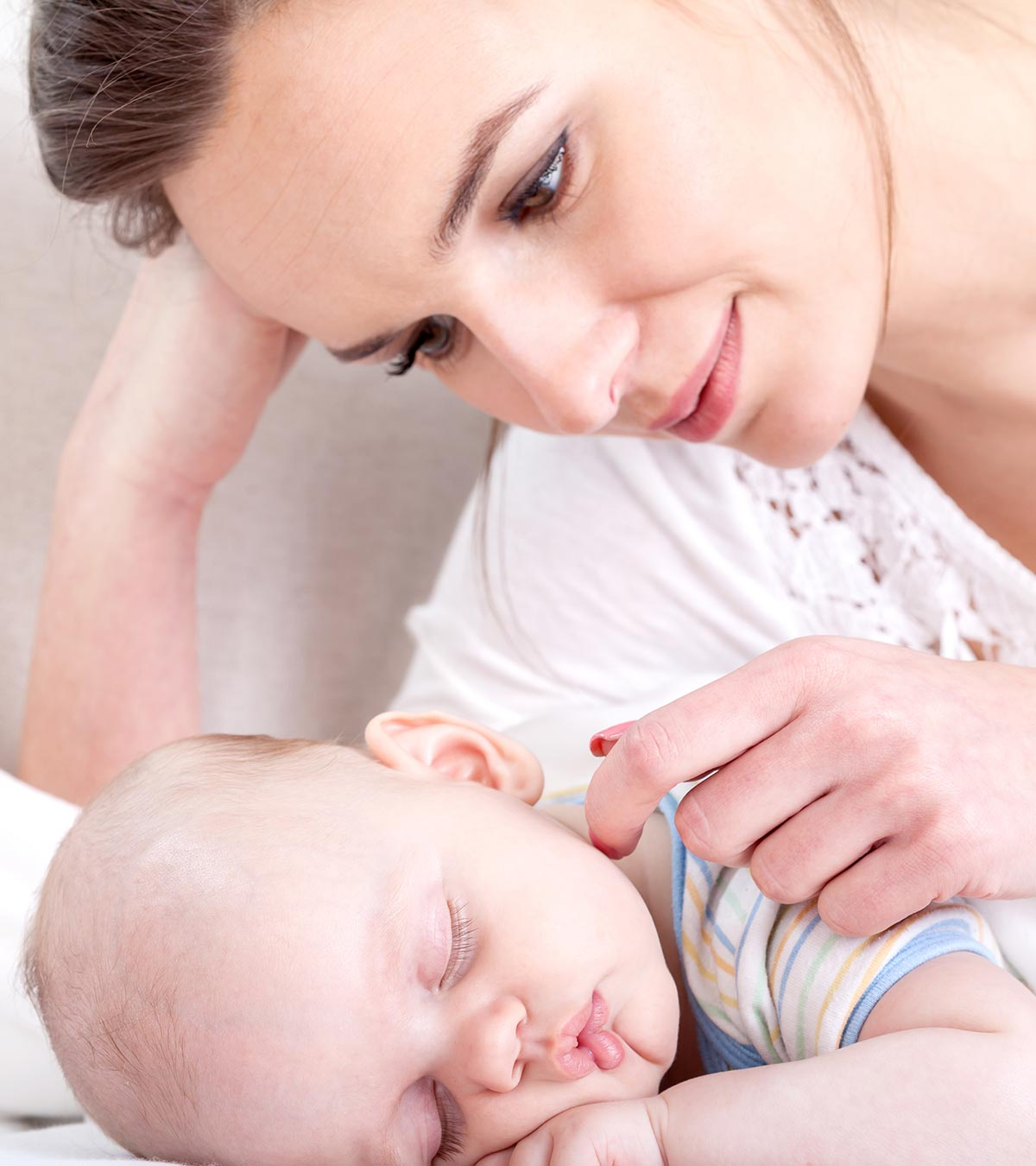 How To Teach Your Baby To Self-Soothe?