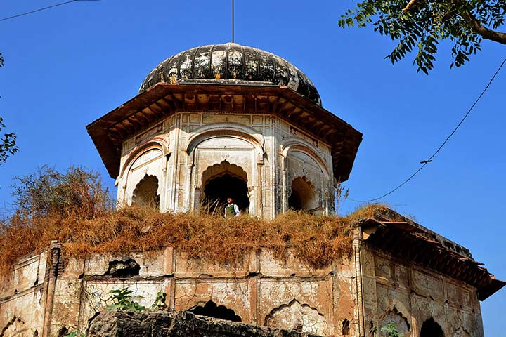 Sheesh Mahal History With Pictures