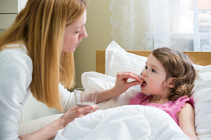 Tylenol-For-Kids-Its-Dosage,-Side-Effects-And-Precautions