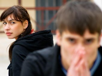 10 Agonizing Signs Of An Emotionally Unavailable Husband