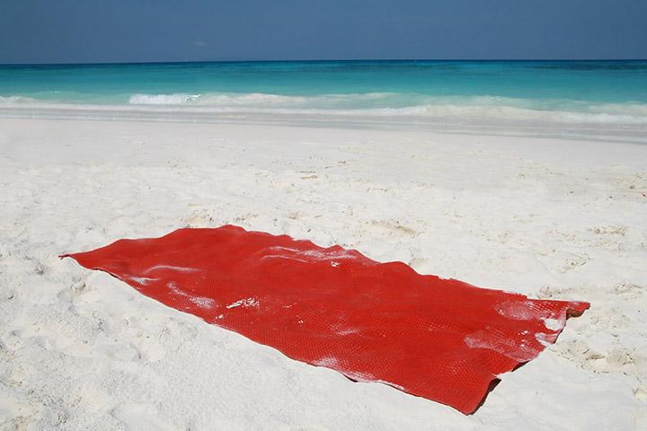 Musical beach towel