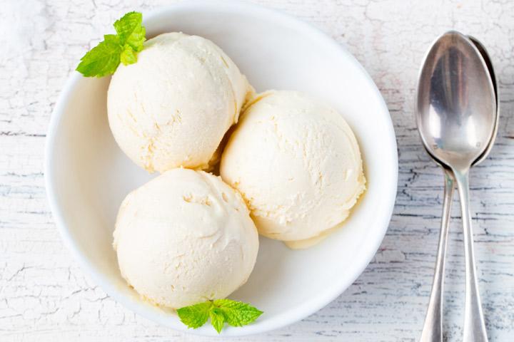 Engraved ice-cream spoons