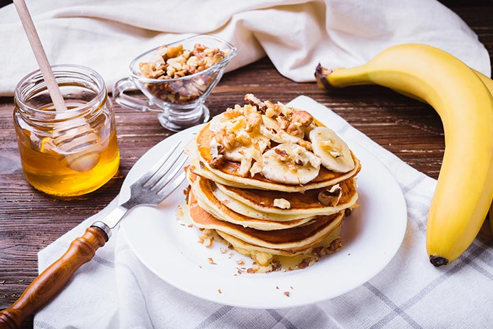 Eggless oats pancake