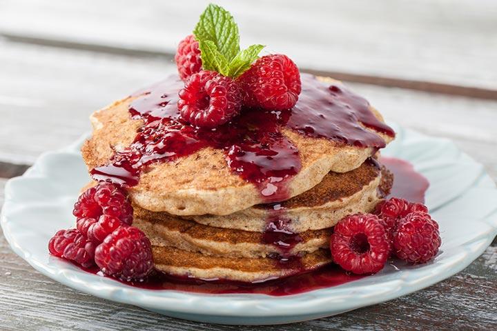 Fluffy raspberry pancakes