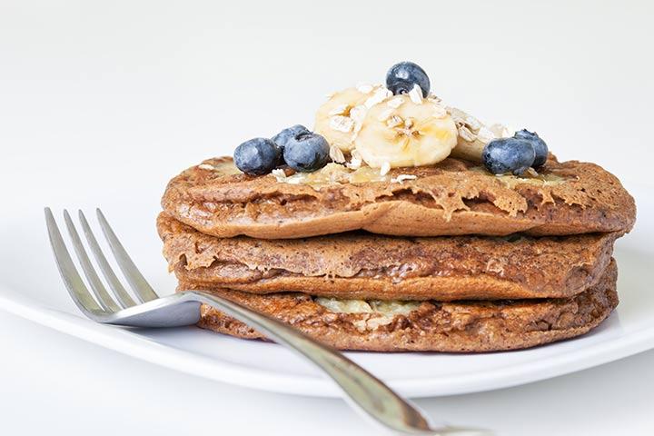 Nutella stuffed banana pancakes