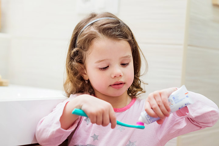 11 Best Toothpastes For Kids