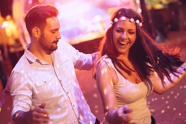Dance in a pub