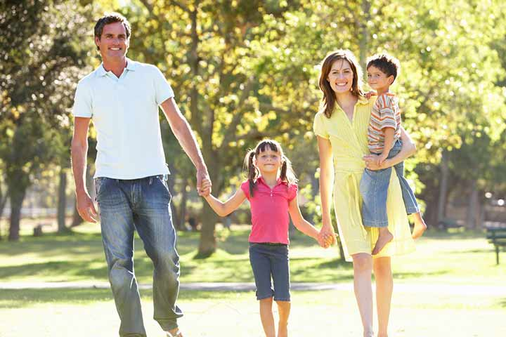 Outdoor Family Photoshoot Ideas