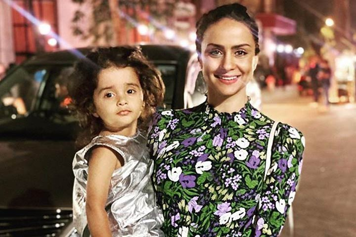 Gul Panags Interesting Take On Motherhood At 39 Is A Must Read For Every Woman