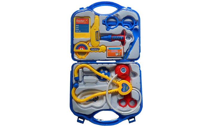 Plastic play set kit