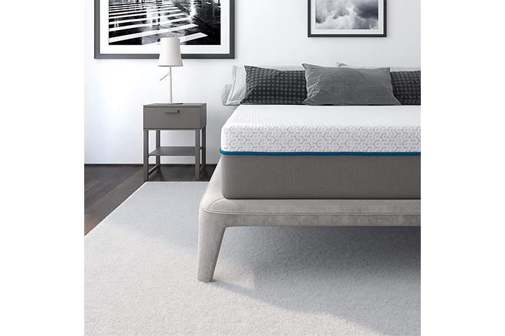 Signature Sleep Flex 10-Inch Charcoal Gel Memory