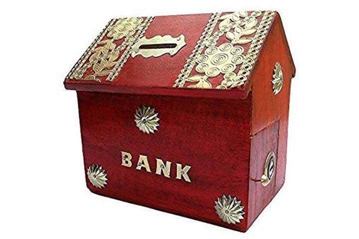 Classic Shoppy Hat Shape Piggy Bank