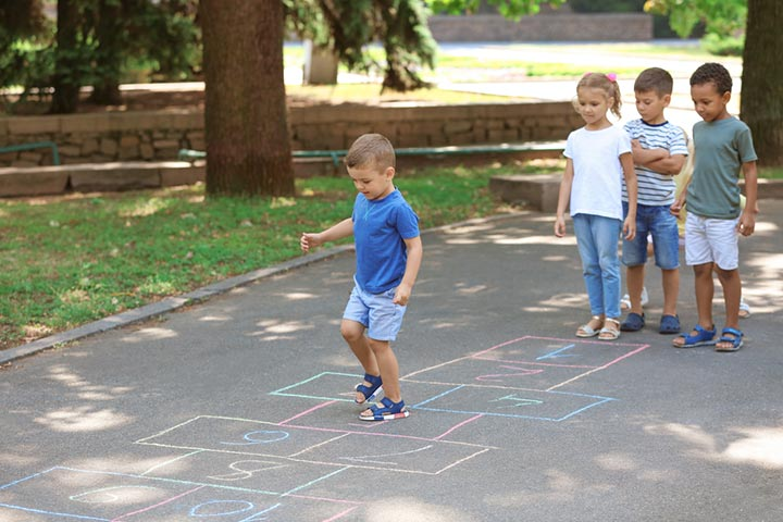 How To Play Hopscotch Rules, Drawing The Board & Variations