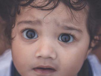 छोटे बच्चों की आंखों के नीचे काले घेरे होने के कारण व हटाने के उपाय | Dark Circles In Babies In Hindi
