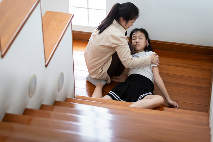 Fainting (Syncope) In Children Causes, Symptoms And When To Worry