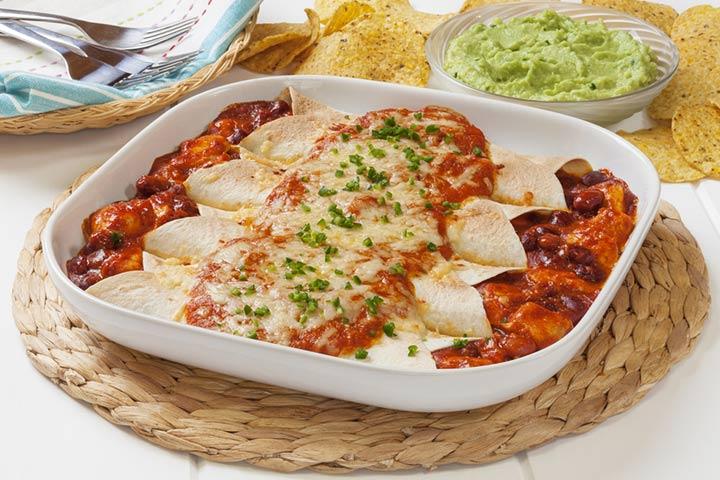 Chicken enchiladas with guacamole