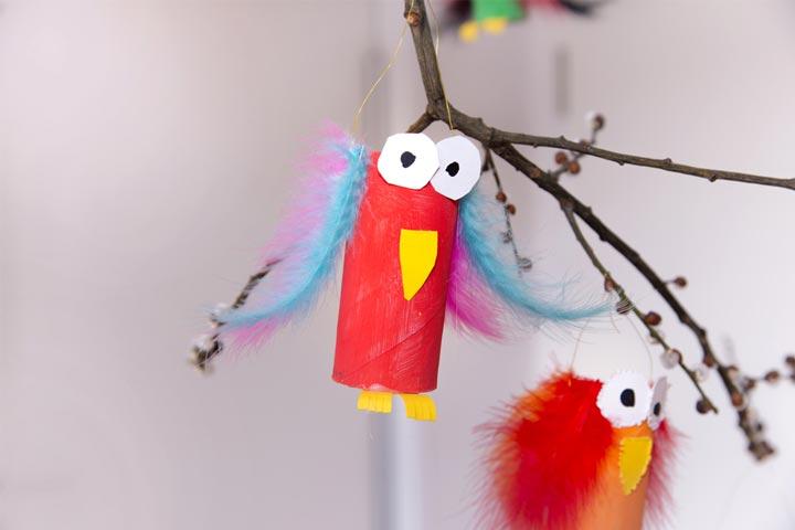 Paper roll bird