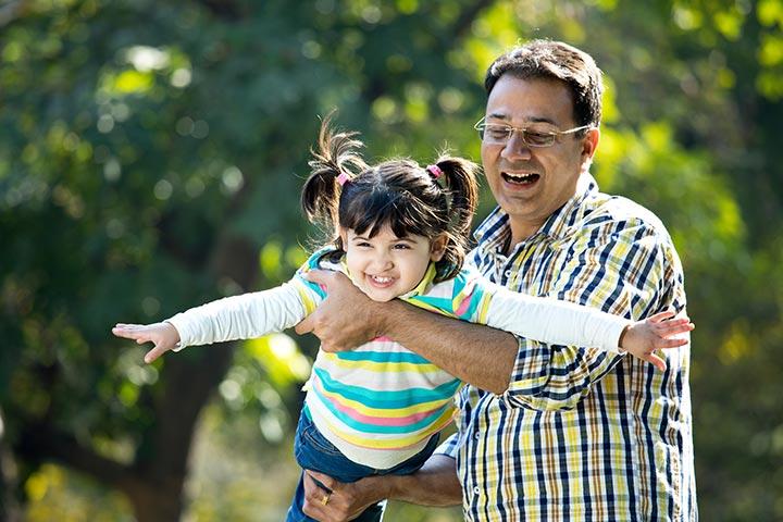 Father Daughter Love Quotes, Status And Shayari In Hindi