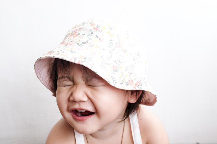 Baby's Fake Crying Causes And 4 Ways To Stop It-1