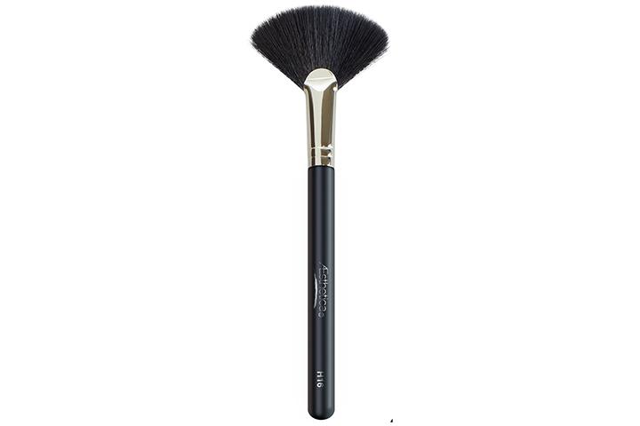 Aesthetica Fan Highlighter Brush