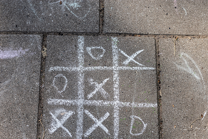 sidewalk games with chalks